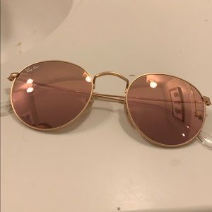 Round Pink/Rose Mirrored Ray-Bans
